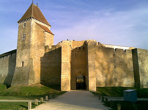 chateau-fort-blandy.jpg